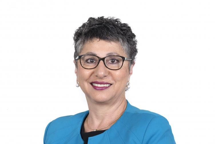Dr Annette Pantle